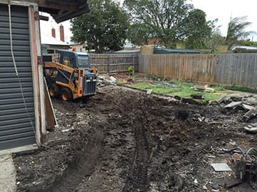 Dial A Digger Offers Skid Steer For Site Clearing And Levelling
