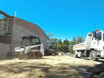 Hire A Mini Bobcat In Adelaide For Excavating Work