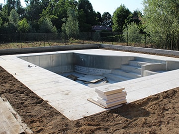 Experts In Excavation & Preperation For Pool Installation and filling